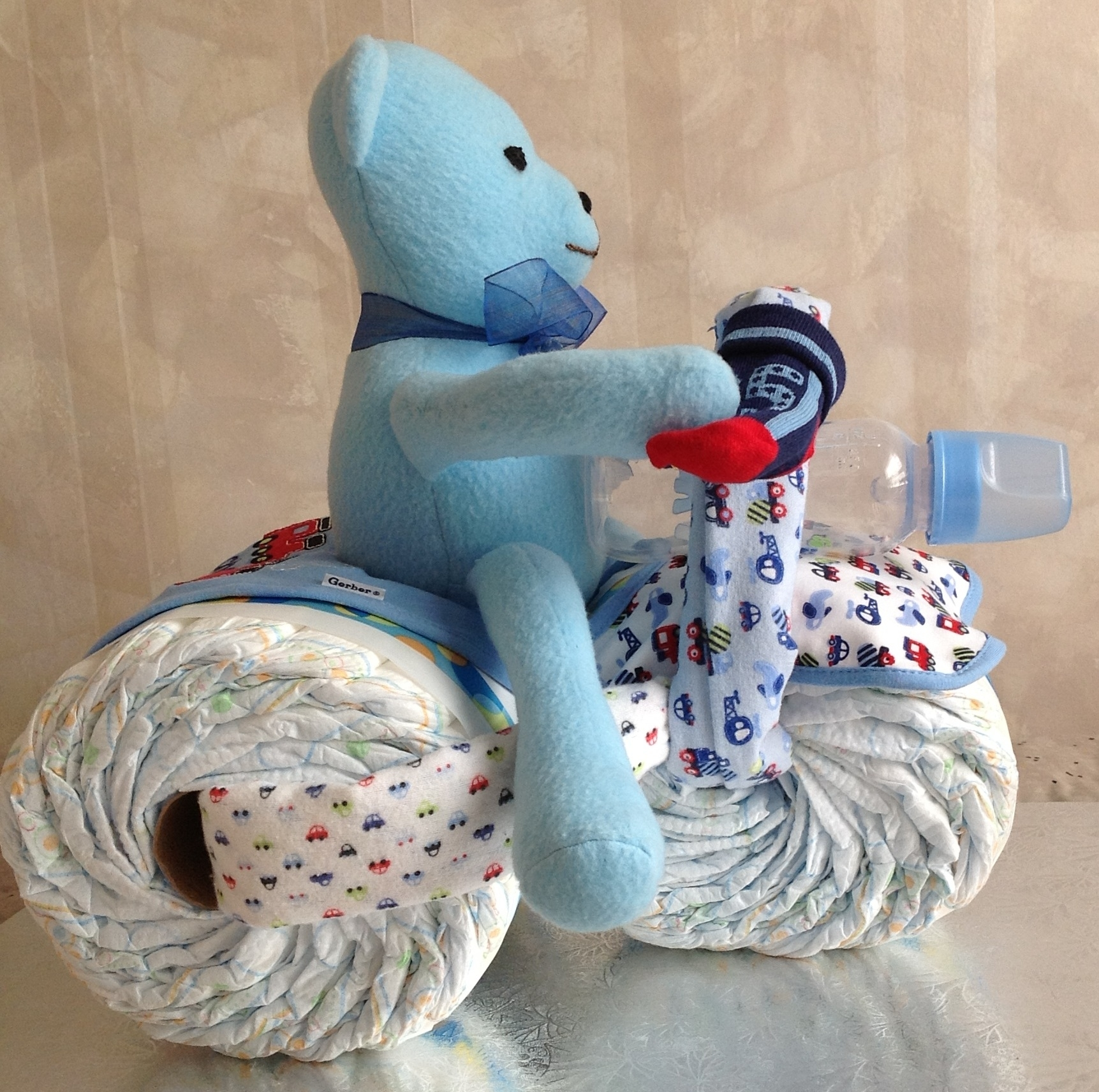 Blue Teddy trycycle right side view